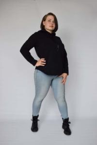 Zwarte hoodie met kanten detail